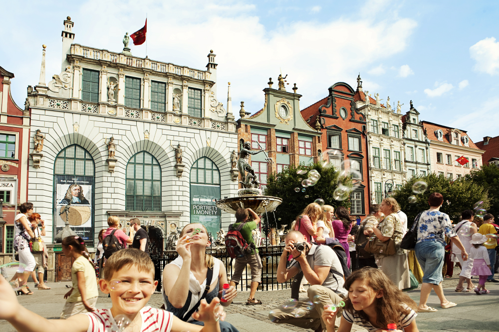 Ludzie na gdańskiej Starówce